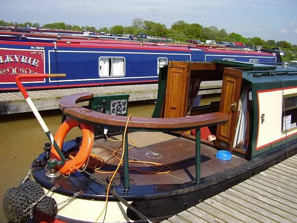 Shared narrow boat Cropredy