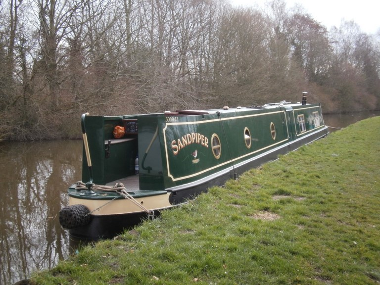 Shared narrow boat Orchid